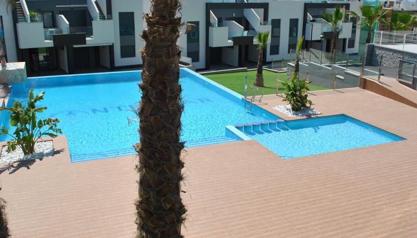 oasis beach holiday rental