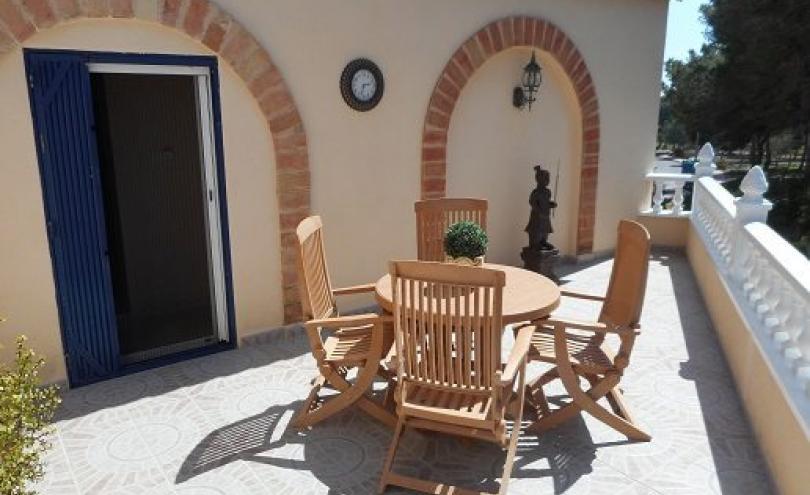 semi detached villa for sale in quesada