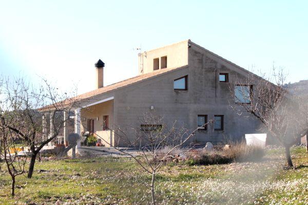 ubeda pinoso villa for sale